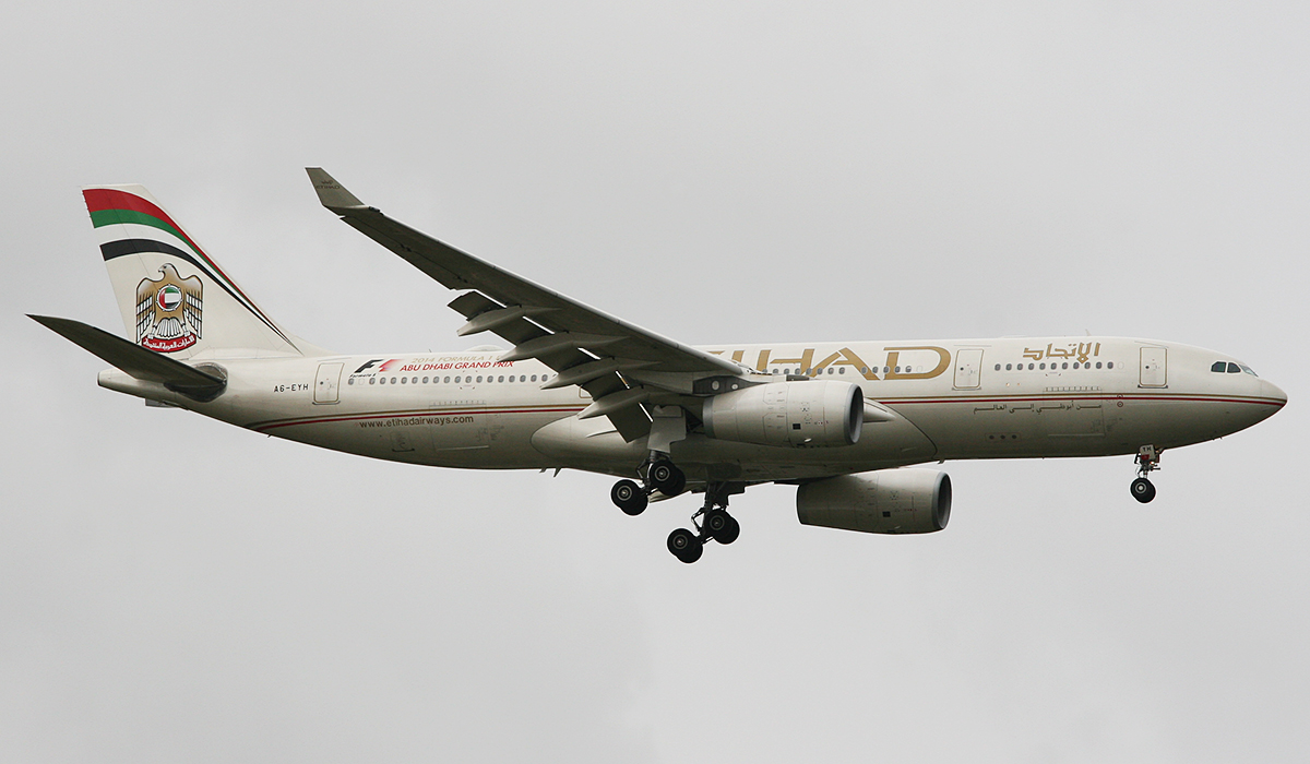 A6-EYH Airbus A330-243 (MSN 729) of Etihad Airways at Perth Airport – Tues 22 July 2014