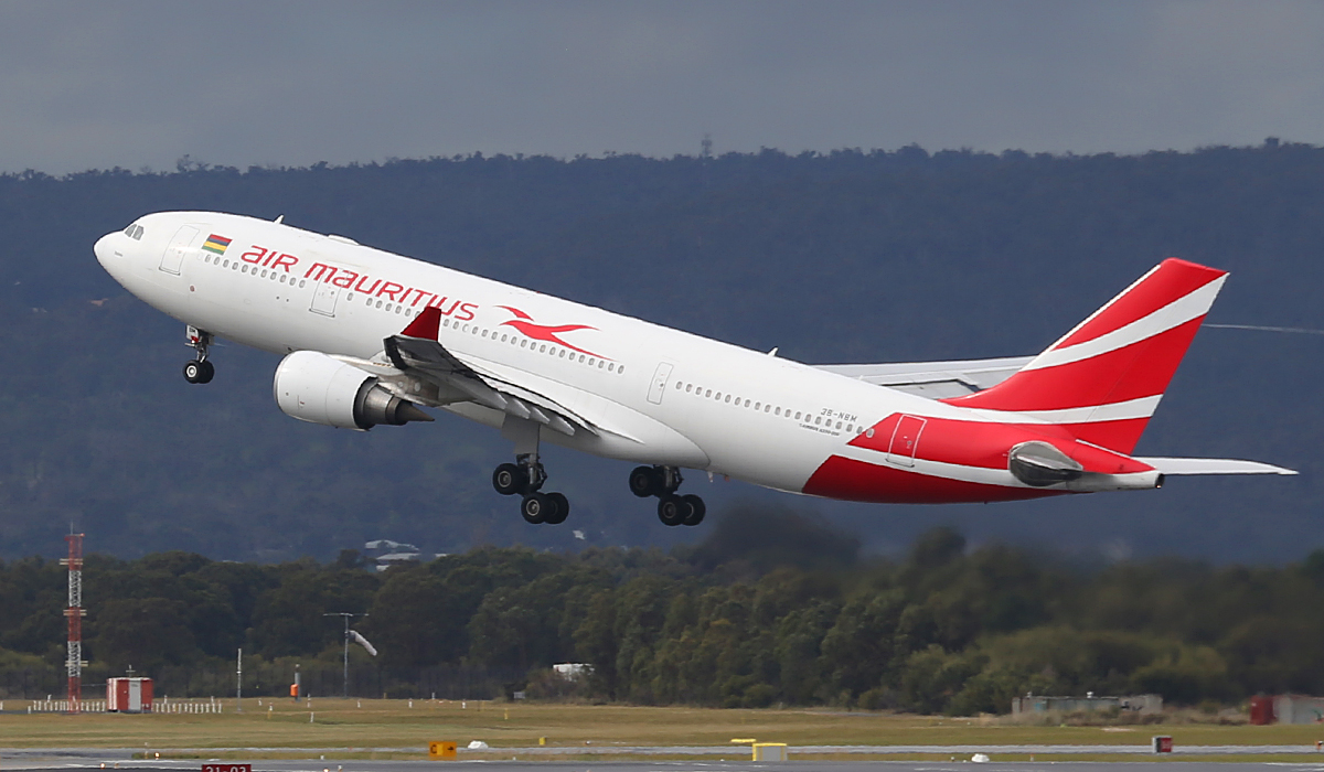 3B-NBM Airbus A330-202 (MSN 883) of Air Mauritius at Perth Airport – Fri 25 July 2014