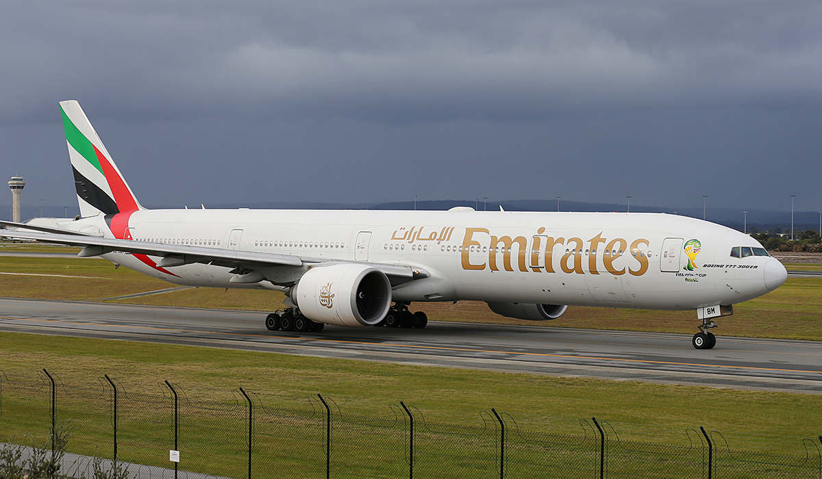 A6-EBM Boeing 777-31HER (MSN 34482) of Emirates at Perth airport – Fri 25 July 2014.