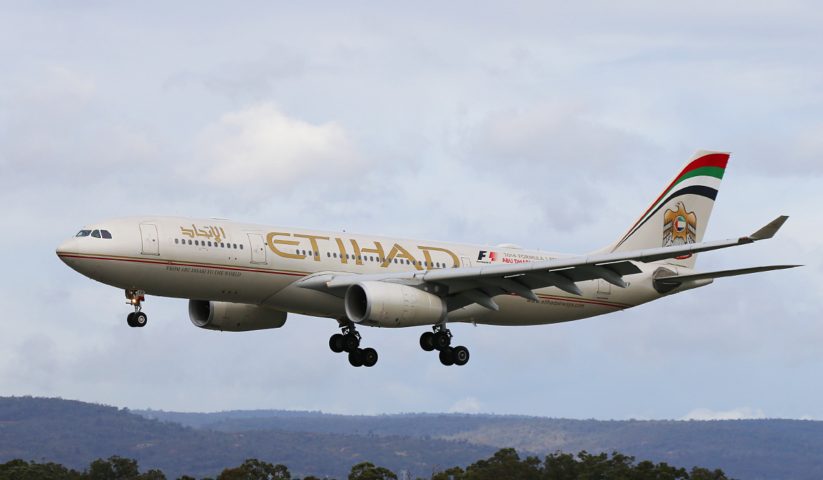 A6-EYP Airbus A330-243 (MSN 854) of Etihad Airways at Perth Airport – Fri 25 July 2014.
