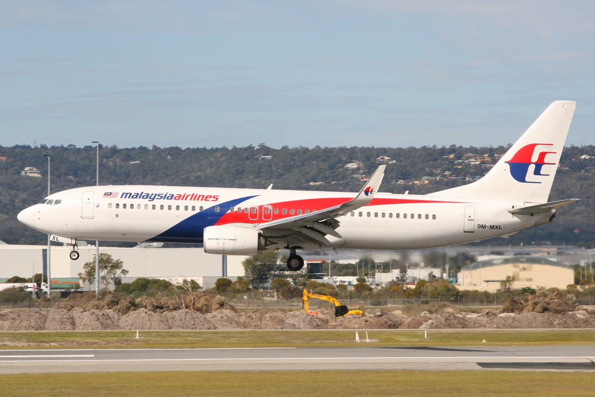 9M-MXL Boeing 737-8H6/W (MSN 40139) of Malaysia Airlines at Perth Airport – Sunday 10 August 2014