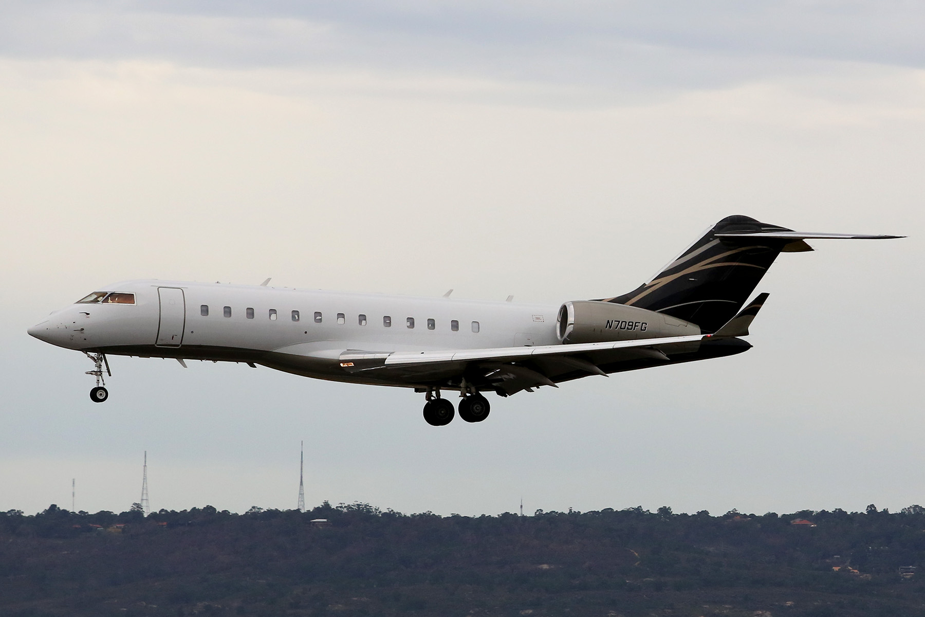 N709FG Bombardier BD-700-1A10 Global Express XRS (MSN 9300) of AvWest Aircraft Pty Ltd at Perth Airport - Sun 17 August 2014.