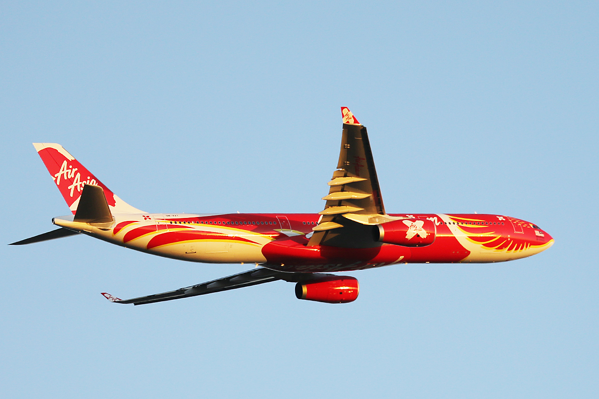 """9M-XXT Airbus A330-343 (MSN 1549) of Air Asia X in special """"Xcintillating PhoeniX"""" livery"""