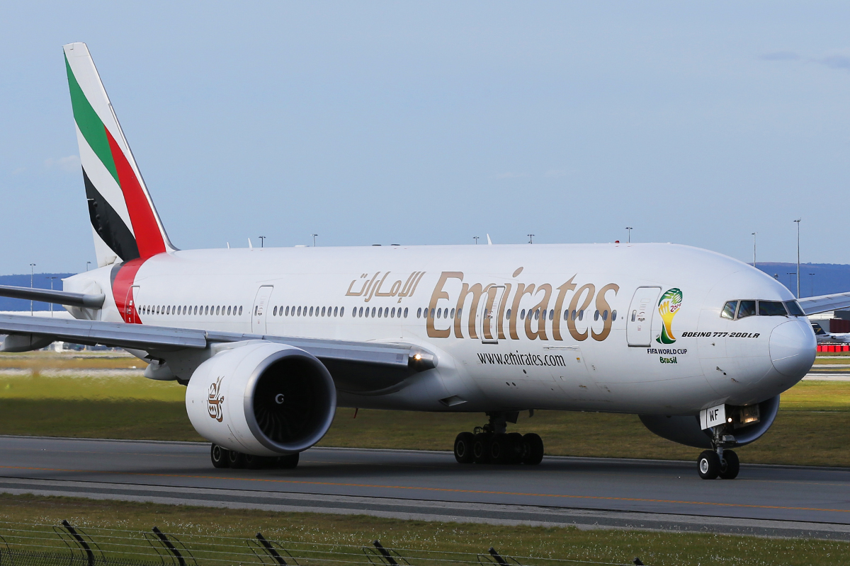 A6-EWF Boeing 777-21HLR (MSN 35586) of Emirates at Perth Airport – Mon 1 Sept 2014.