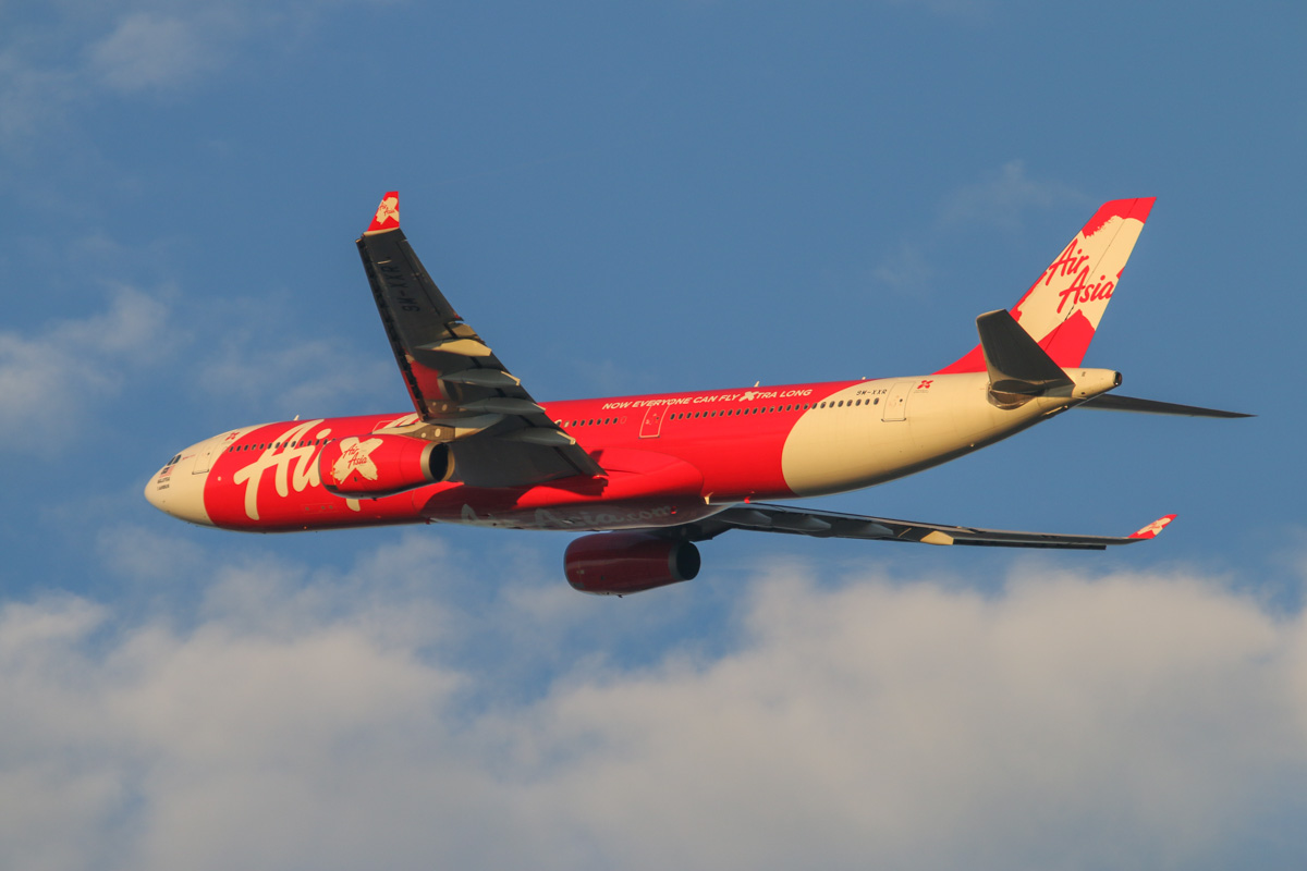 9M-XXR Airbus A330-343X (MSN 654), named 'Xeoul Mate', of AirAsia X at Perth Airport - Wed 3 September 2014. Flight D7 237 to Kuala Lumpur, after taking off from runway 21 at 6:53am. Photo © David Eyre