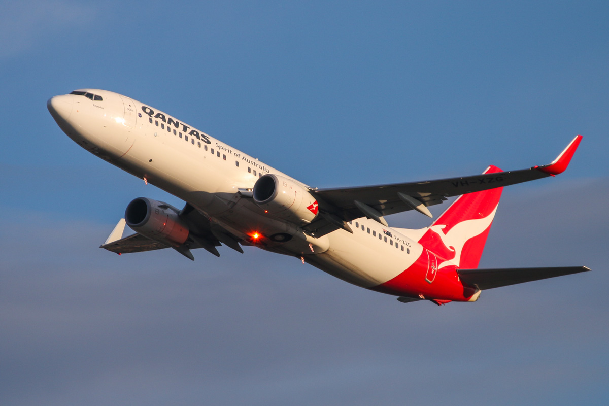 VH-XZG Boeing 737-838 (MSN 39371/4477) of Qantas, named 'Bungendore', at Perth Airport – Wed 3 September 2014. Flight QF1092 to Newman, after takeoff from runway 21 at 7:11am. Photo © David Eyre
