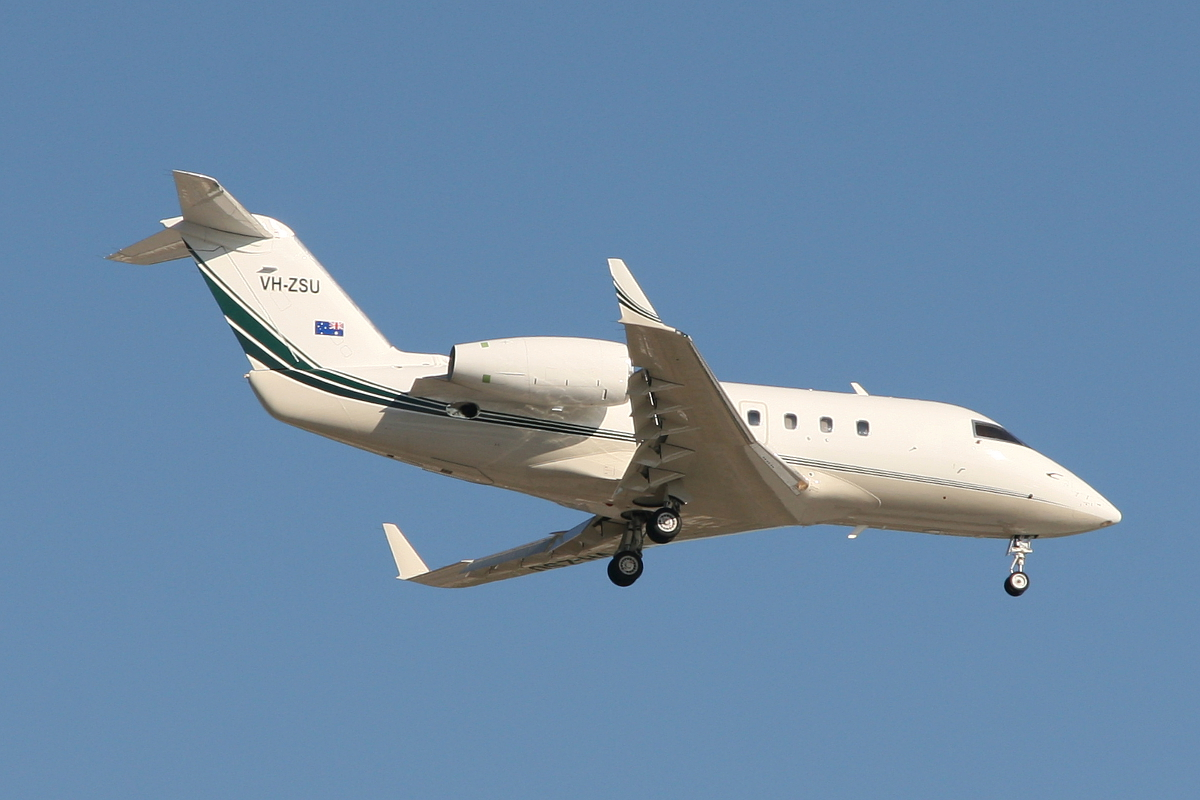 VH-ZSU Canadair CL600-1A11 (MSN 1078) of Revesco Aviation Pty Ltd at Perth Airport – Sat 14 June 2014