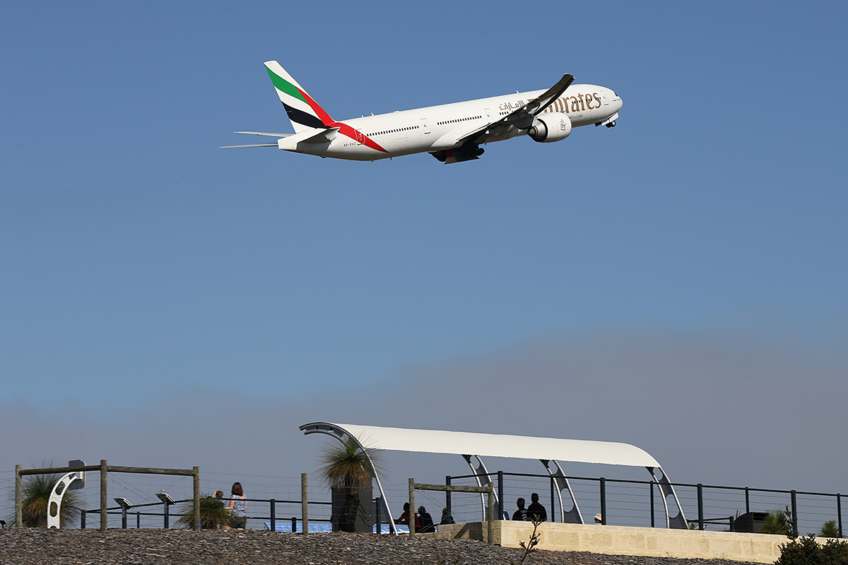 A6-EGC Boeing 777-31HER (MSN 35596) of Emirates at Perth Airport – Tues 16 Sept 2014.