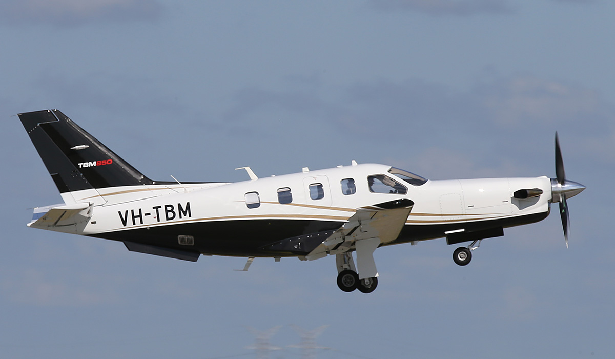 VH-TBM SOCATA TBM-850 (700N) (MSN 658) owned by Starmind Investments Pty Ltd at Jandakot Airport – Thurs 25 Sept 2014.