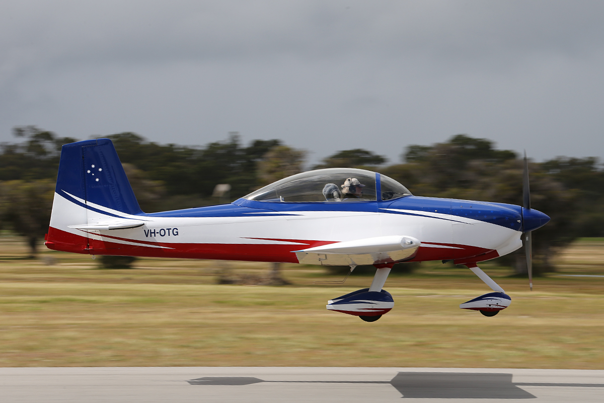 VH-OTG Vans RV-8A (MSN 80641) at Serpentine Airfield – 28 Sept 2014