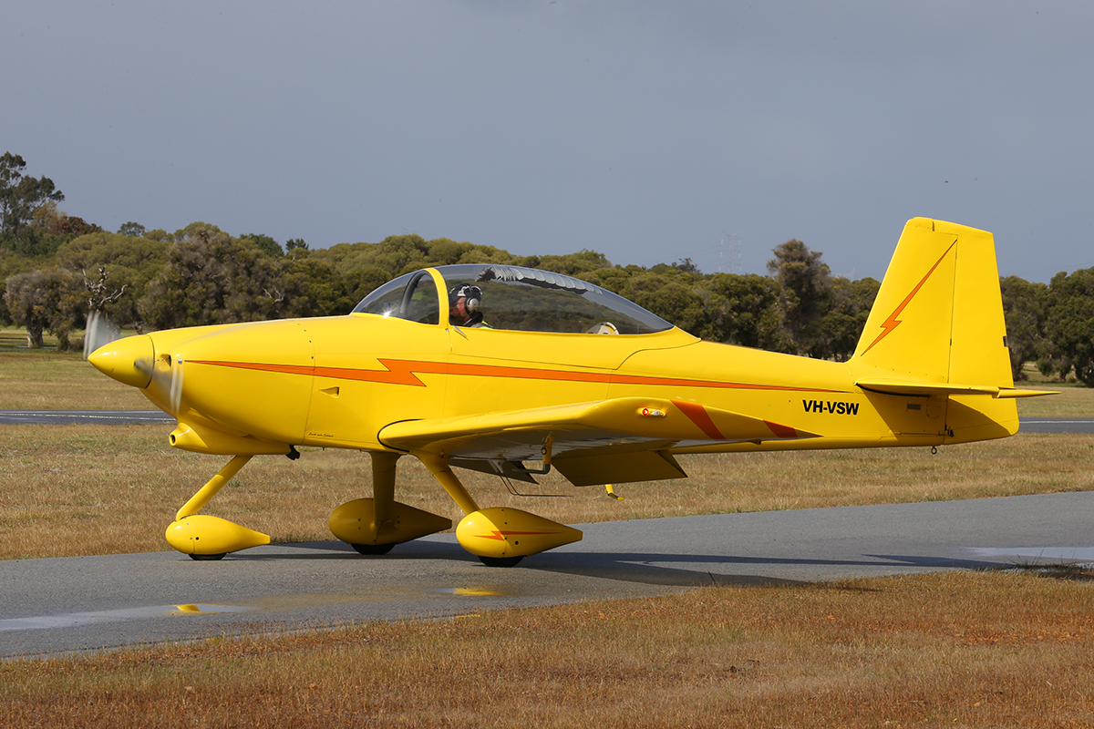 VH-VSW Vans RV-8A (MSN 80425) at Serpentine Airfield – 28 Sept 2014