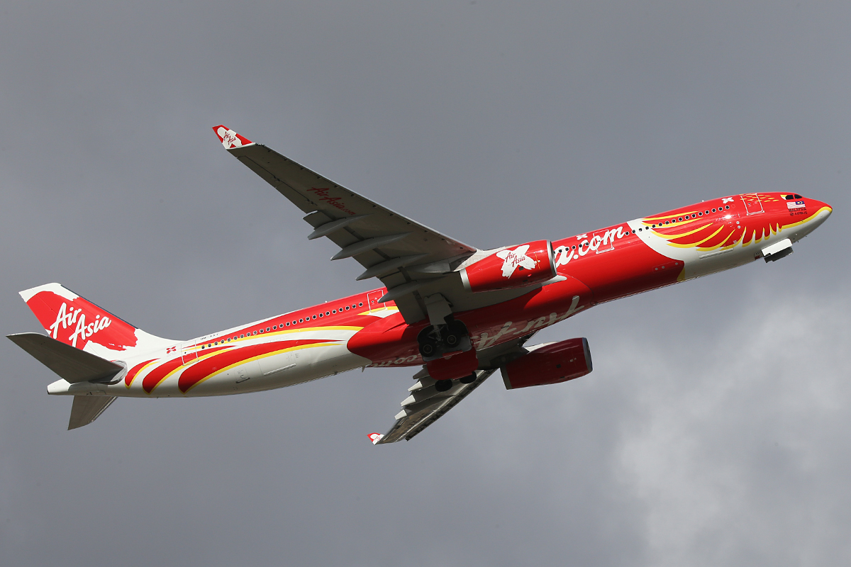 "9M-XXT 9M-XXT Airbus A330-343 (MSN 1549) of Air Asia X in special ""Xcintillating PhoeniX"" livery"