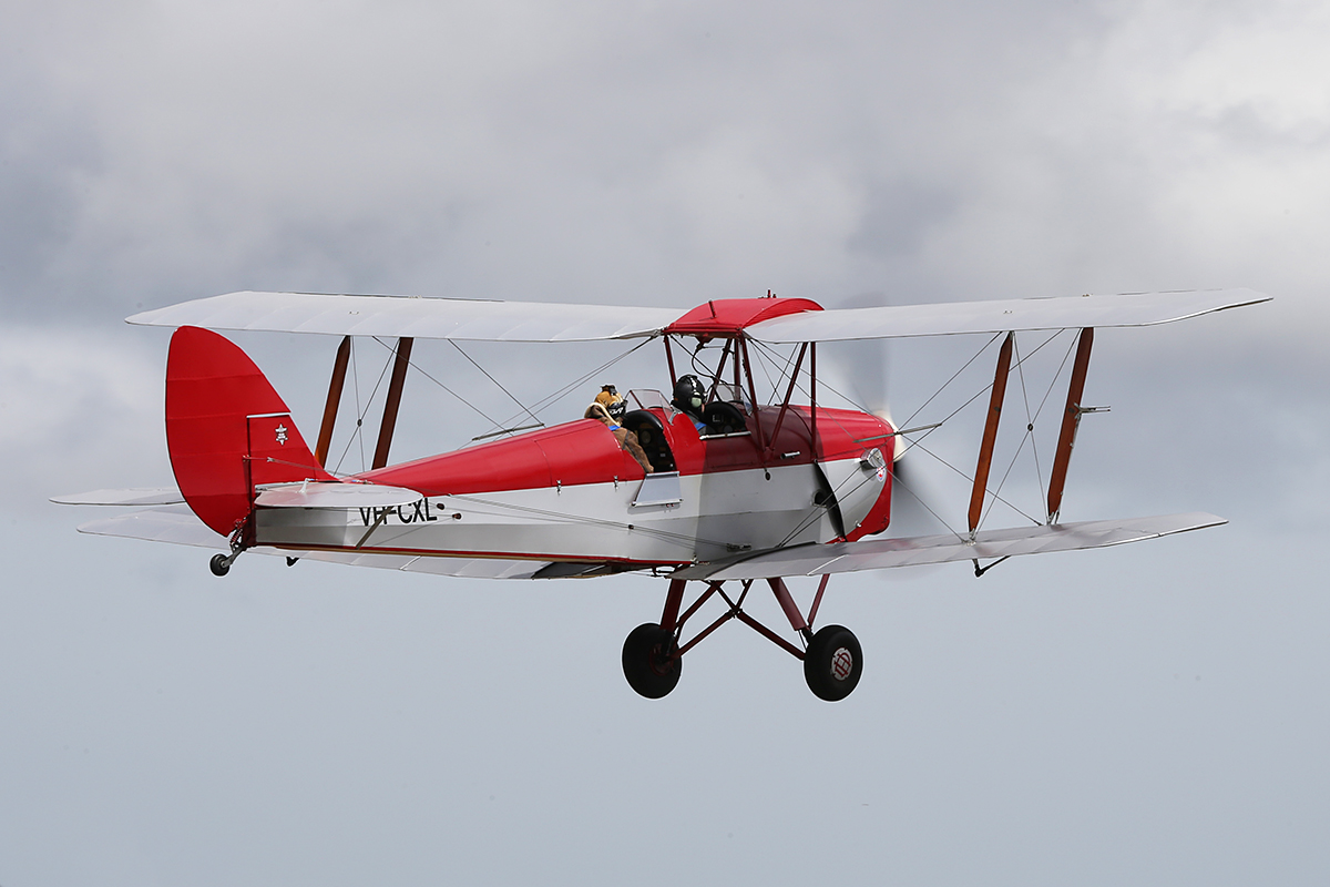 VH-CXL DH-82A Tiger Moth at Serpentine Airfield – Sun 28 Sept 2014.
