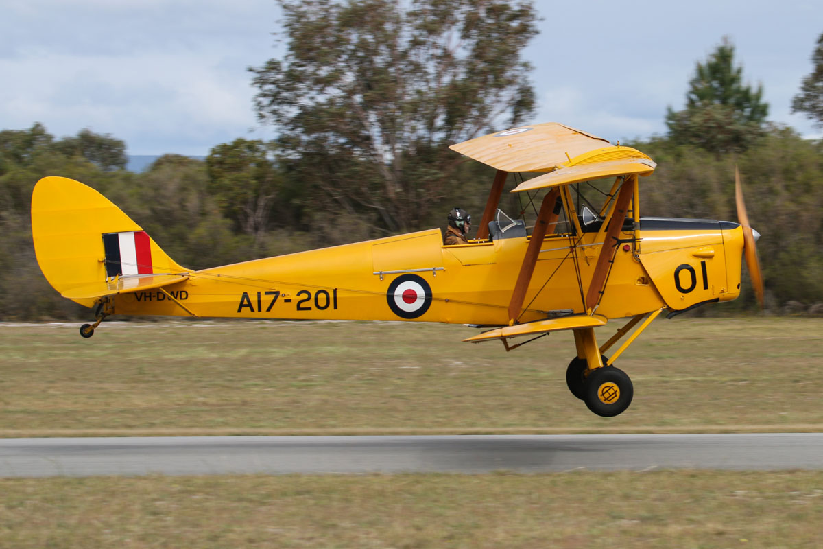 VH-DWD/A17-201 De Havilland DH-82A Tiger Moth (MSN DHA202) owned by Bert Filippi, at SABC Annual Fly In, Serpentine Airfield – Sun 28 September 2014. Built in 1940, by De Havilland Aircraft at Bankstown, NSW. Served RAAF as A17-201. Registered 29.4.1946 as VH-AMG. Withdrawn from use in 1965 due to Department of Civil Aviation policy. Rebuilt and registered in 2000 as VH-DWD and registered to the current owner in 2001. Photo © David Eyre