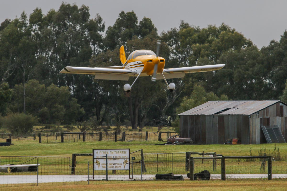 VH-ORE Vans RV-6 (MSN 24961) owned by Paul Blackney at SABC Annual Fly In, Serpentine Airfield – Sun 28 September 2014. Landing on runway 23. Built in 2006, first registered 4.4.2006. Photo © David Eyre