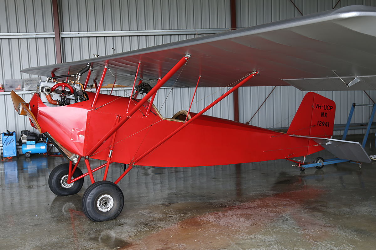 VH-UCP Pietenpol B4A1 (MSN 12) built in 1932 at Serpentine Airfield – Sun 28 Sept 2014.