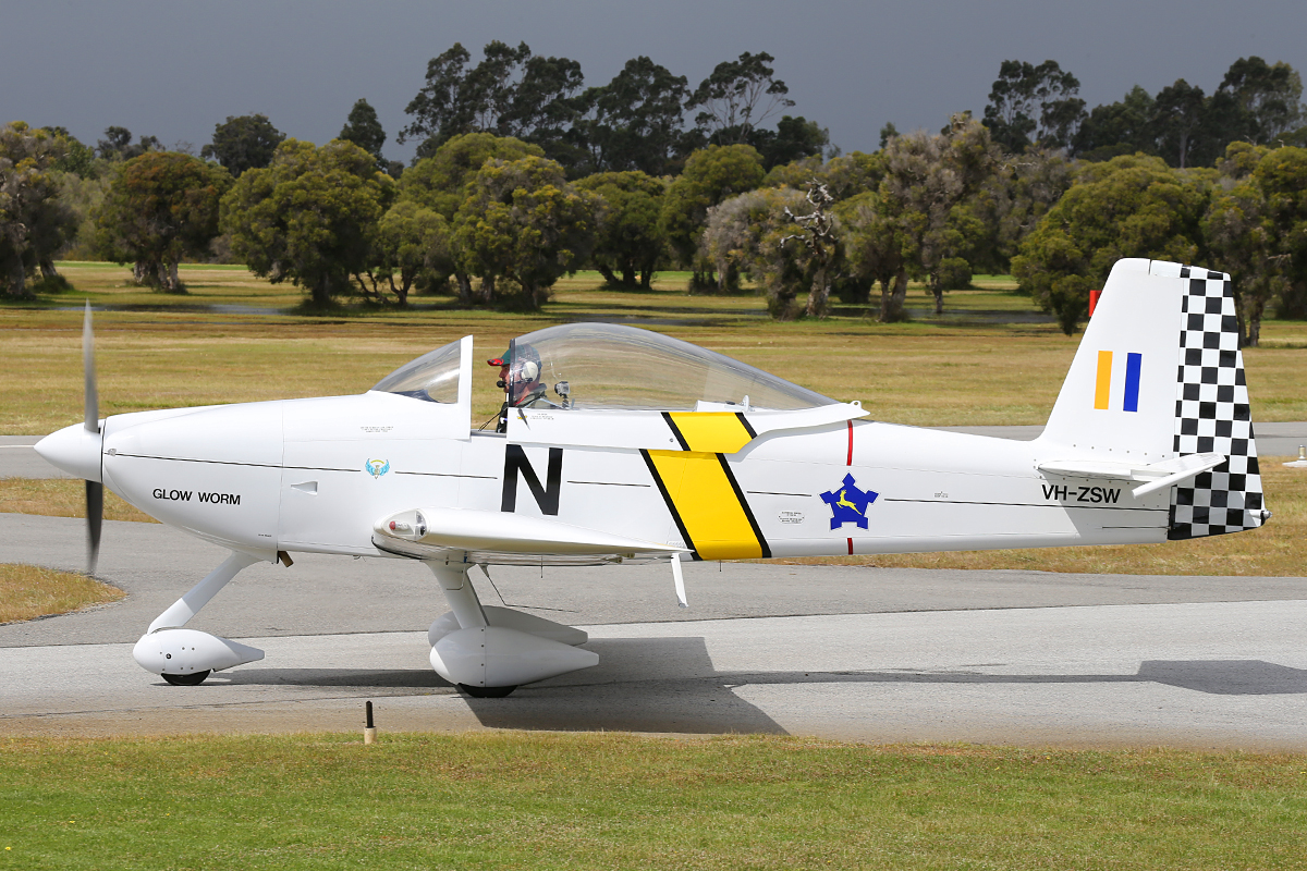 VH-ZSW Van's RV-8A (MSN 82612) at Serpentine Airfield – Sun 28 Sept 2014.
