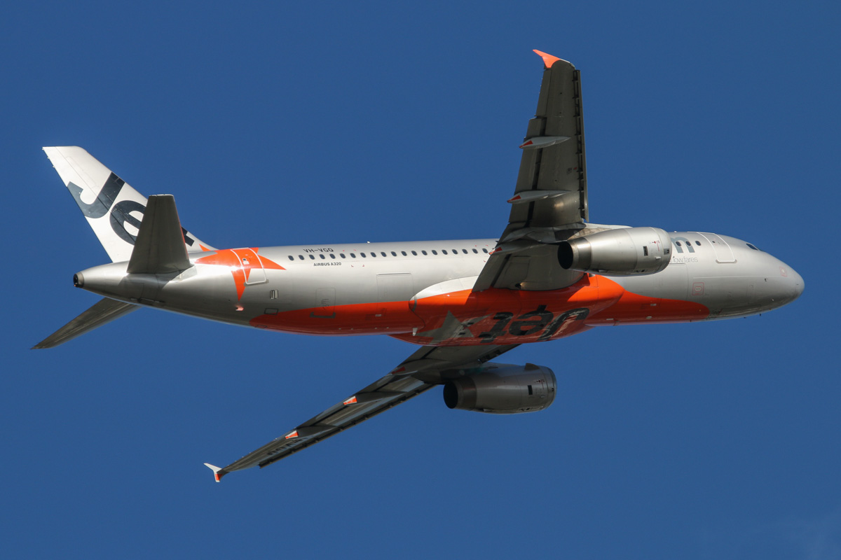VH-VGQ Airbus A320-232 (MSN 4303) of Jetstar, at Perth Airport - Mon 6 October 2014. Flight JQ975 to Adelaide, after takeoff from runway 21 at 4:06pm. Photo © David Eyre