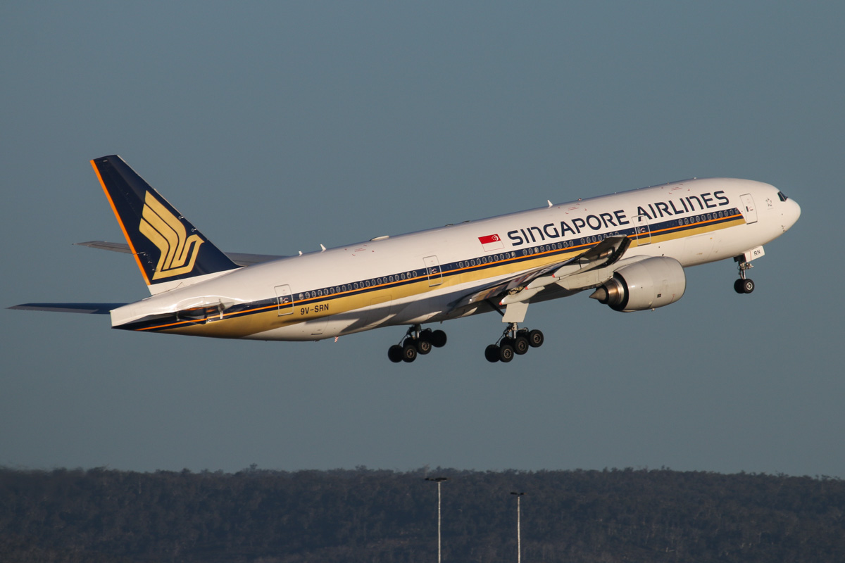 9V-SRN Boeing 777-212ER (MSN 32318/441) of Singapore Airlines, at Perth Airport - Tue 7 October 2014. Flight SQ214 to Singapore, climbing after take off from runway 21 at 5:25pm. Photo © David Eyre