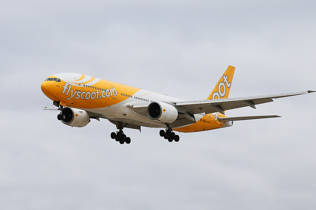 9V-OTA Boeing 777-212 (MSN 28507) of Scoot at Perth Airport – Sun 12 Oct 2014.