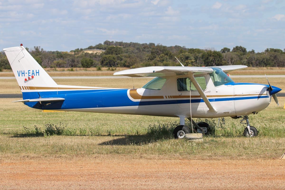 VH-EAH Cessna 150M (MSN 15078662) owned by Sarah Anderson, at Jandakot Airport - Fri 24 October 2014. Built in 1977 ex N704KB. Photo © David Eyre