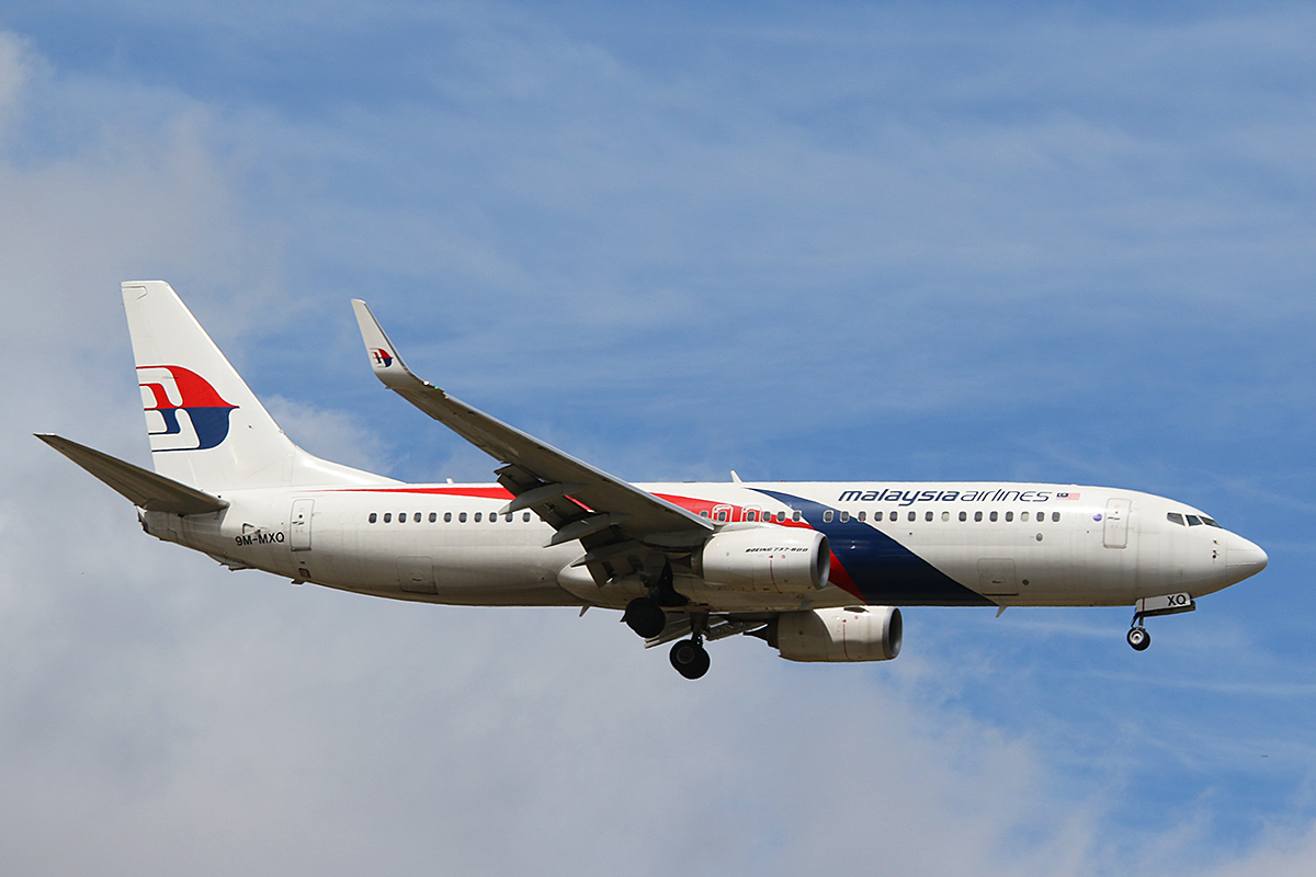 9M-MXQ Boeing 737-8H6 (W) of Malaysia Airlines at Perth Airport – Sun 2 Nov 2014.