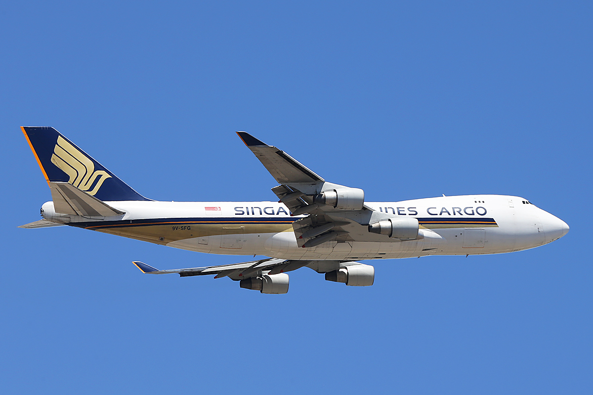 9V-SFG Boeing 747-412F (MSN 26558) of Singapore Airlines Cargo at Perth Airport – Fri 14 Nov 2014.
