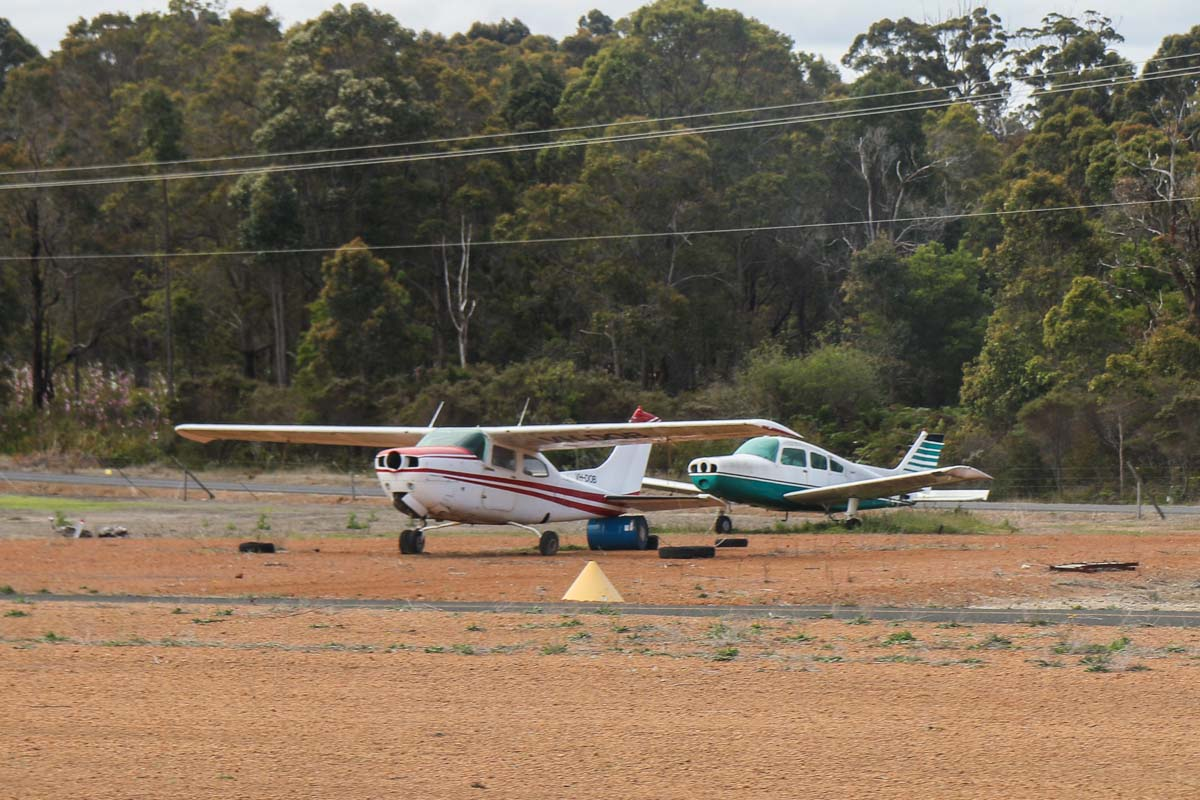 VH-DOB Cessna 210L Centurion II (MSN 21059658) owned by Katherin Aviation, of Katherine, NT, and an unidentified Beech 23 Musketeer, at Manjimup Airfield – Fri 14 November 2014. Photo © David Eyre