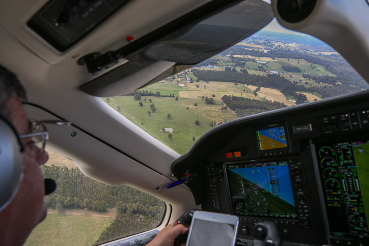 Aboard VH-LZJ SOCATA TBM 900 (MSN 1016) owned and flown by Jean-Jacques Bely, northeast of Manjimup Airfield – Fri 14 November 2014. About 2,300 feet on descent to Manjimup Airfield. This view was taken facing north towards Manjimup town. Photo © David Eyre