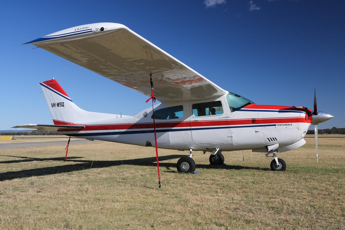 VH-WSQ Cessna 210N Centurion II (MSN 21063208) owned by Peter Banks of Templestowe Lower, VIC, at Jandakot Airport - Fri 14 November 2014. Photo © David Eyre