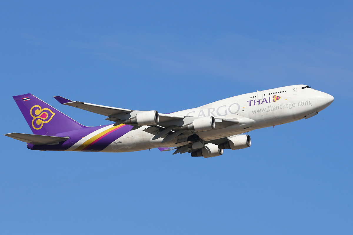 HS-TGJ Boeing 747-4D7 (MSN 24459) of Thai airways Cargo at Perth Airport – Sun 16 Oct 2014. Climbing out after taking off from runway 21 at 3:13 pm. Photo © Keith Anderson.