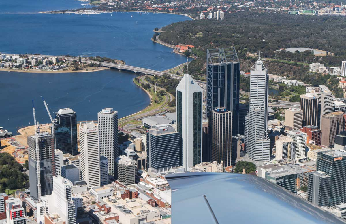 Perth city, South Perth, Swan River, and Kings Park, seen from VH-ICE Cirrus SR22 GTS G5 (MSN 4063) owned by Andrew Dean - Sat 15 November 2014. View facing southwest. Photo © David Eyre