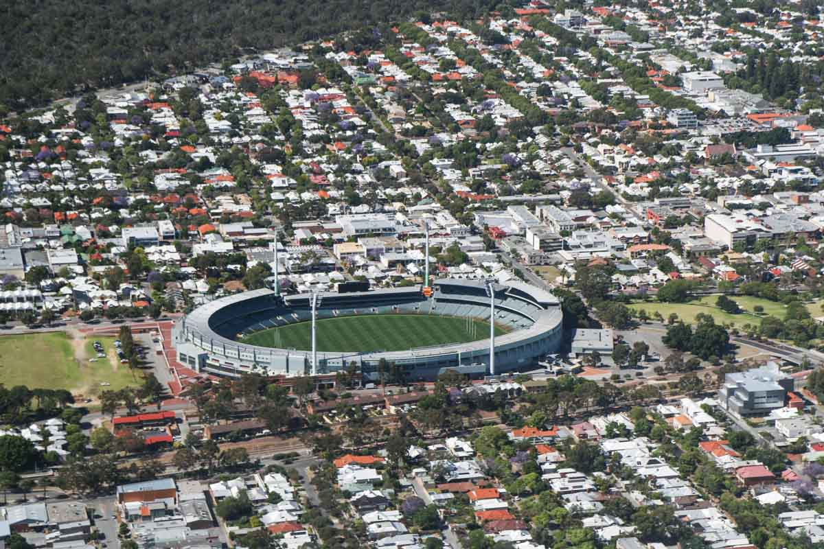 Subiaco Oval (Patersons Stadium), seen from VH-ICE Cirrus SR22 GTS G5 (MSN 4063) owned by Andrew Dean - Sat 15 November 2014. View facing south. Photo © David Eyre
