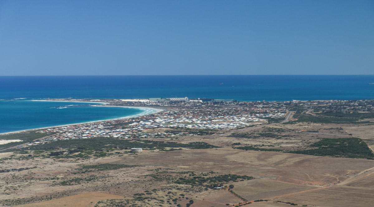 Geraldton, seen from VH-ICE Cirrus SR22 GTS G5 (MSN 4063) owned by Andrew Dean - Sat 15 November 2014. View facing northwest. Geraldton is a port town 424km NNW of Perth. Photo © David Eyre
