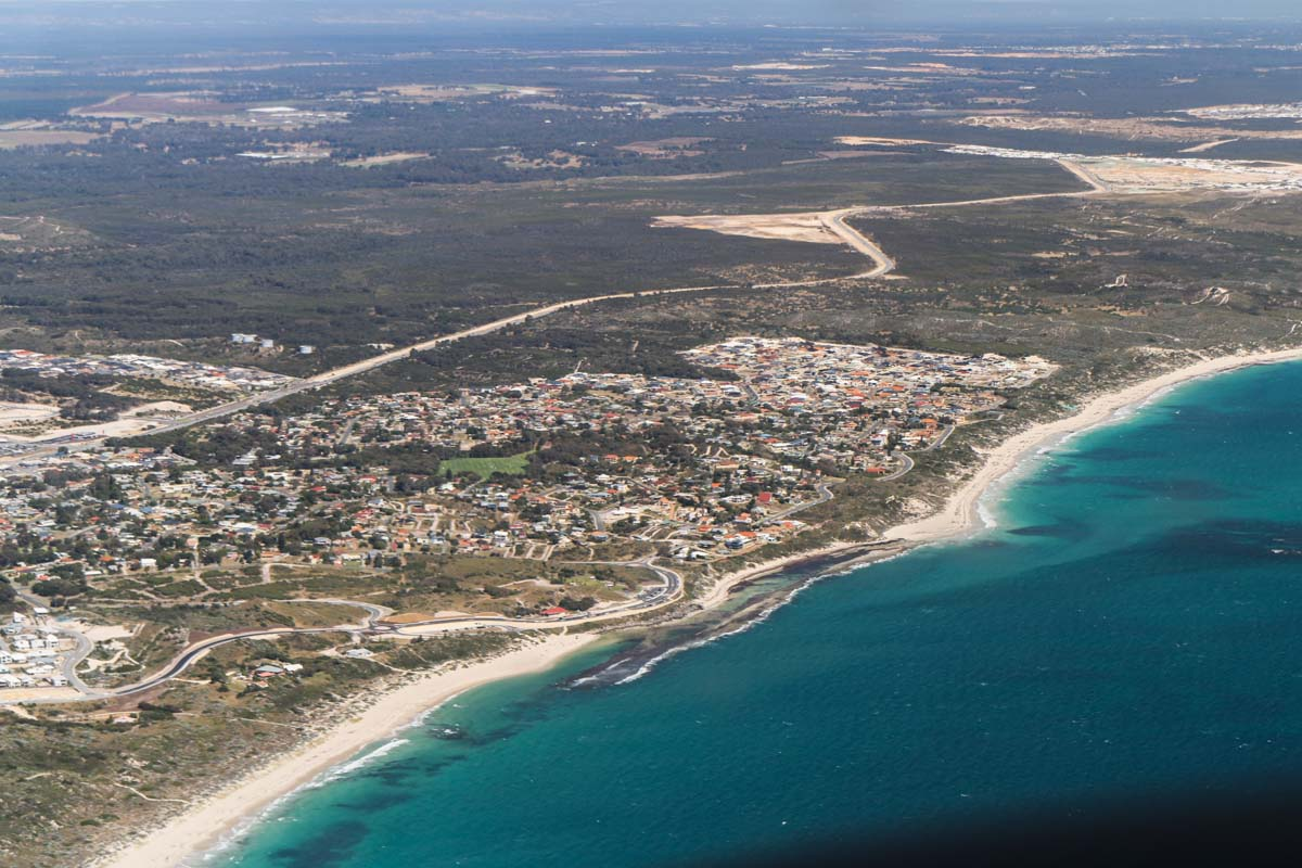 Yanchep, seen from VH-ICE Cirrus SR22 GTS G5 (MSN 4063) owned by Andrew Dean - Sat 15 November 2014. View facing southeast. Photo © David Eyre