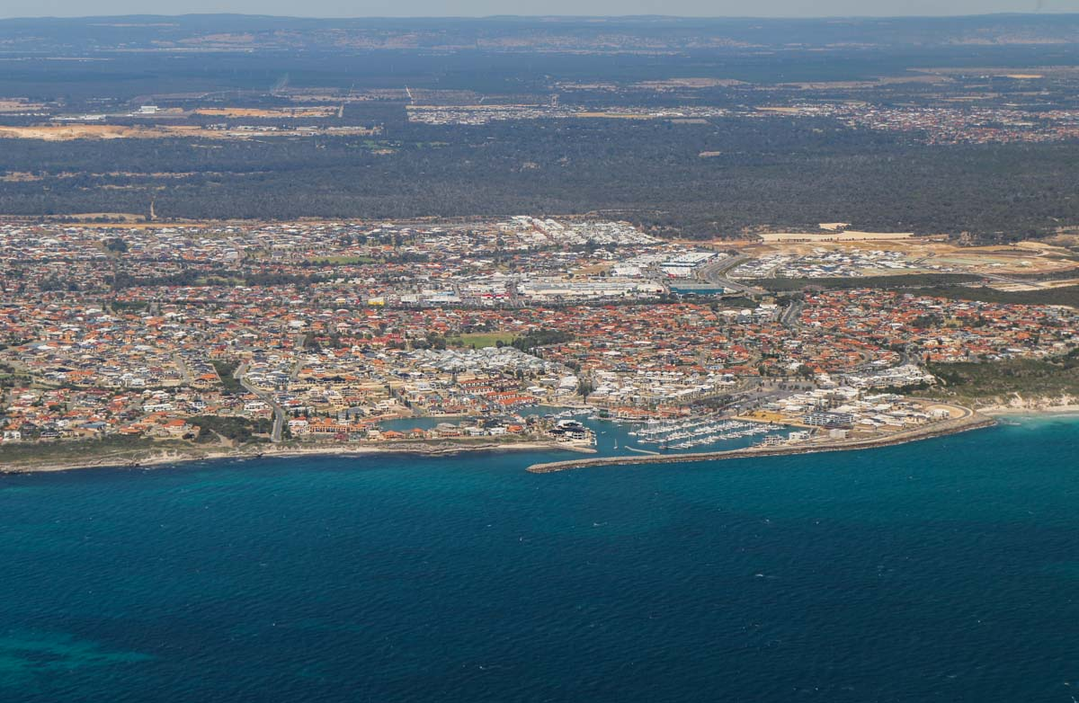 Mindarie and Clarkson, seen from VH-ICE Cirrus SR22 GTS G5 (MSN 4063) owned by Andrew Dean - Sat 15 November 2014. View facing east. Photo © David Eyre
