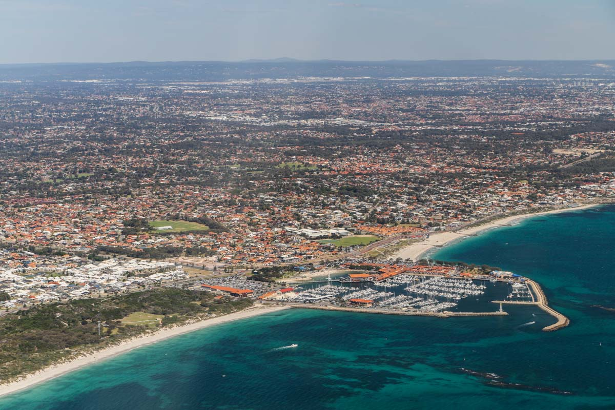 Hillarys Boat Harbour and Sorrento, seen from VH-ICE Cirrus SR22 GTS G5 (MSN 4063) owned by Andrew Dean - Sat 15 November 2014. View facing southeast. Photo © David Eyre