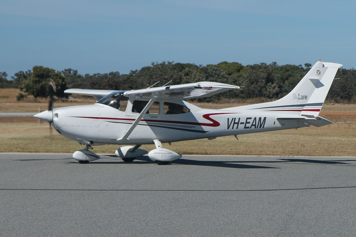 VH-EAM Cessna 182T Skylane (MSN 18280995, ex N967AC) owned by Michael Chester, at Jandakot Airport - Sat 15 November 2014. Photo © David Eyre