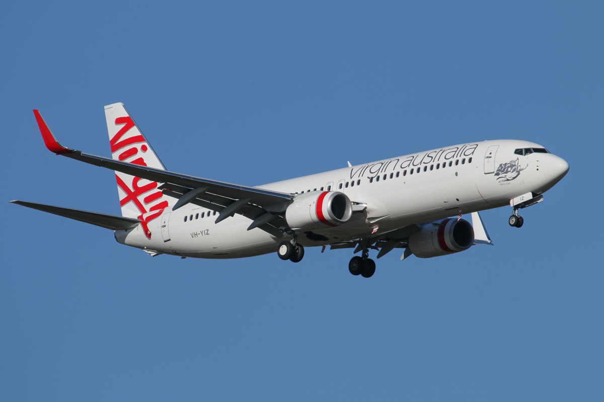 VH-YIZ Boeing 737-8FE (MSN 40702/5061) of Virgin Australia, named 'Black Rock' - at Perth Airport - Thu 27 November 2014. This was delivered to the airline on 1 September 2014. Flight VA60 from Denpasar (Bali), on final approach to runway 21 at 5:03pm. Photo © David Eyre