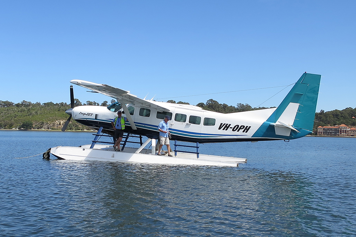VH-OPH Cessna 208 Caravan floatplane (MSN 20800157) of Catalina Airlines – 3 Dec 2014.