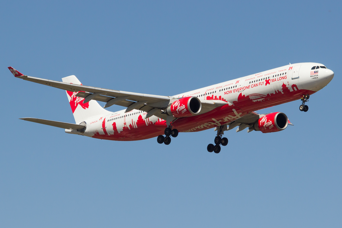 9M-XAA Airbus A330-301 (MSN 054) of AirAsia X, in World Cities special livery, named 'Semangat Sir Freddie', at Perth Airport – Sun 28 Dec 2014.