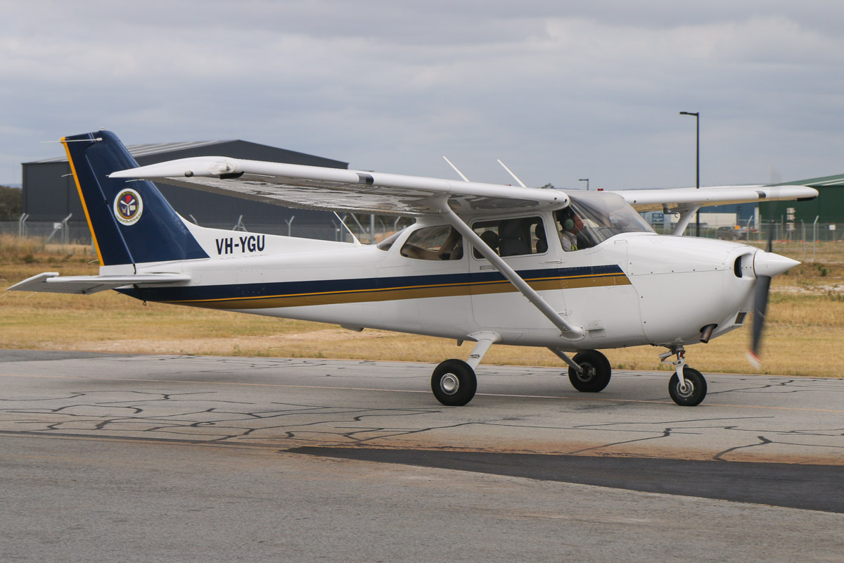 VH-YGU Cessna 172R Skyhawk (MSN 17281581) owned by Singapore Flying College, at Jandakot Airport - Fri 28 November 2014. Built in 2011, ex N9092Y. This college is based at Jandakot and trains pilots for Singapore Airlines. Photo © David Eyre
