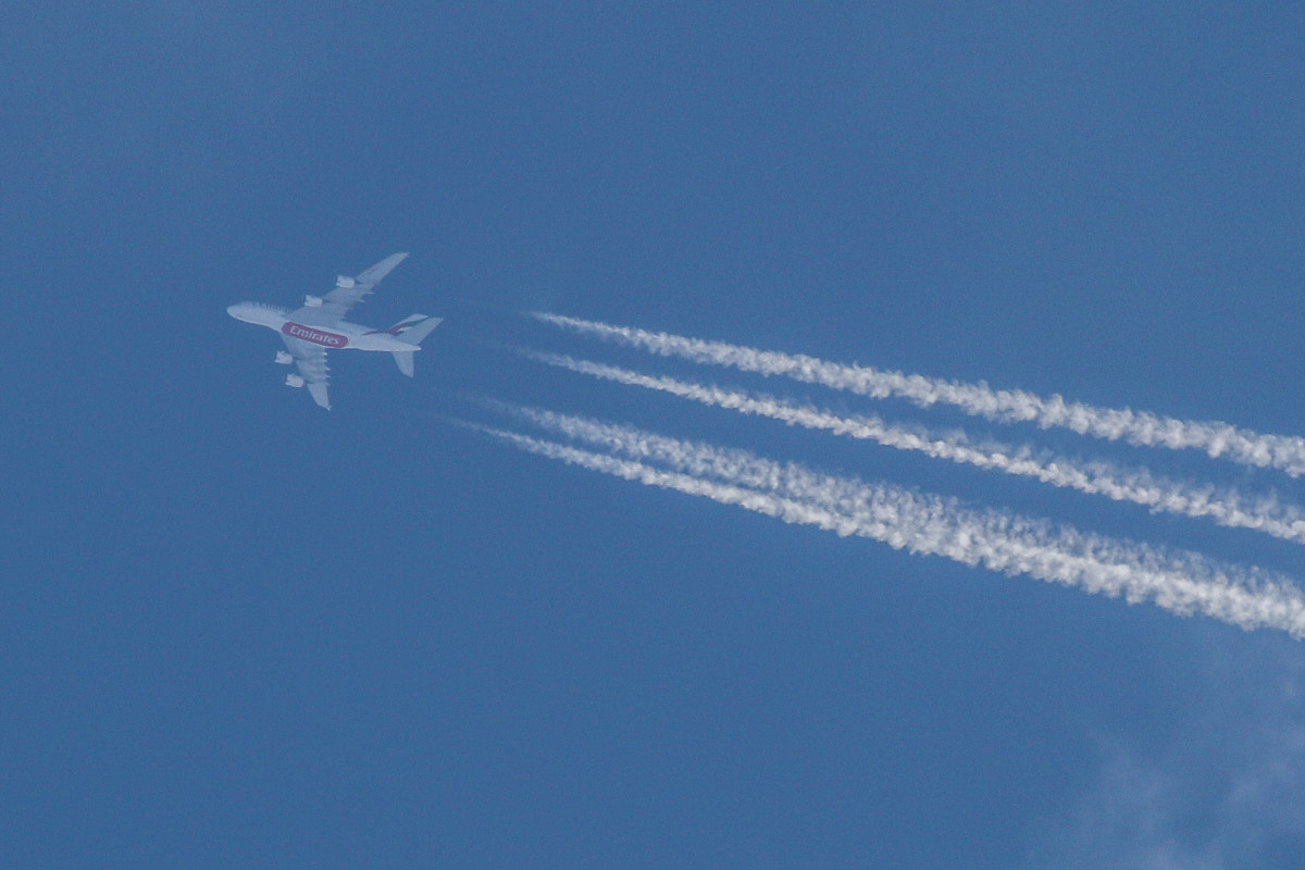 A6-EET Airbus A380-861 (MSN ) of Emirates, over Perth – Wed 3 December 2014. Flight EK414 from Dubai to Sydney flying eastwards over Perth at 592 knots (1096 kilometres per hour) at 39,000 feet at 4:11pm. It took off from Dubai at 6:15am (Perth time) and landed at Sydney at 7:44pm (Perth Time). Photo © David Eyre