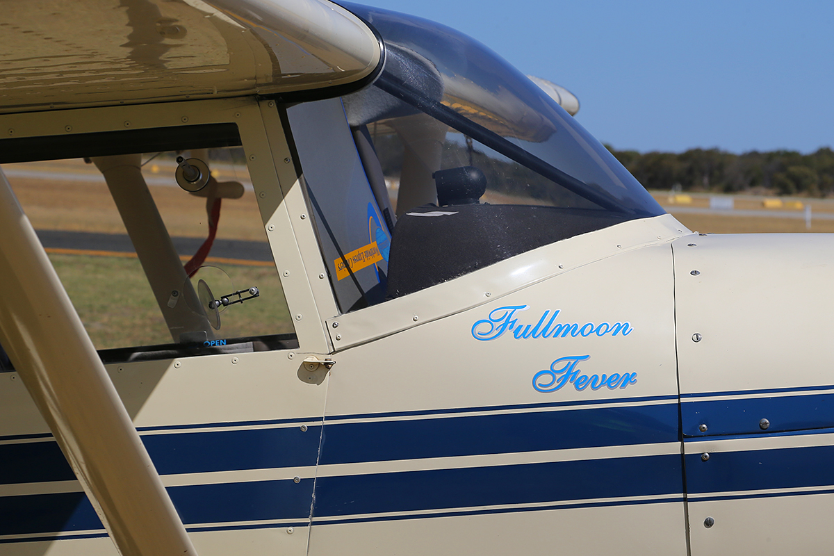 "VH-EMB Maule Aircraft Corp. MXT-7-180A (MSN 21016C) Owned by Michael Moore and named ""Fullmoon Fever"" at Jandakot Airport Jandakot – Australia Day, Mon 26 January 2015."