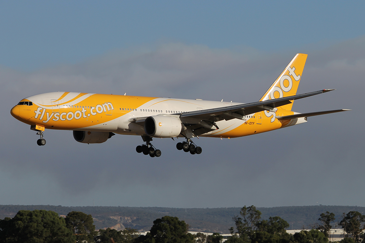 9V-OTF Boeing 777-212ER (MSN 28522) of Scoot at Perth Airport - Sun 1 Feb 2015.