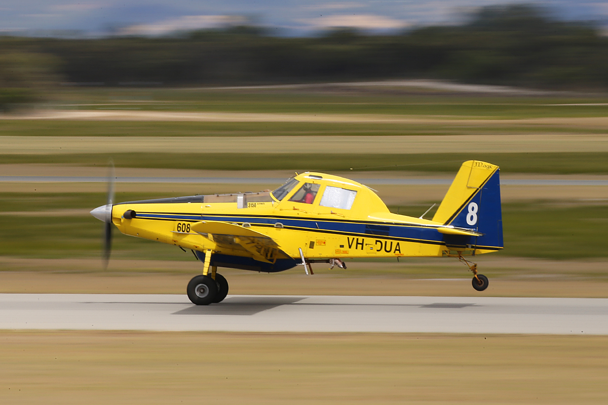 """VH-DUA / BOMBER 608 Air Tractor AT802 (MSN 802-0366) owned by Dunn Aviation, named """"Magic"""", operated for the WA Government on fire fighting duties, at Jandakot Airport – Tues 3 Feb 2015."""