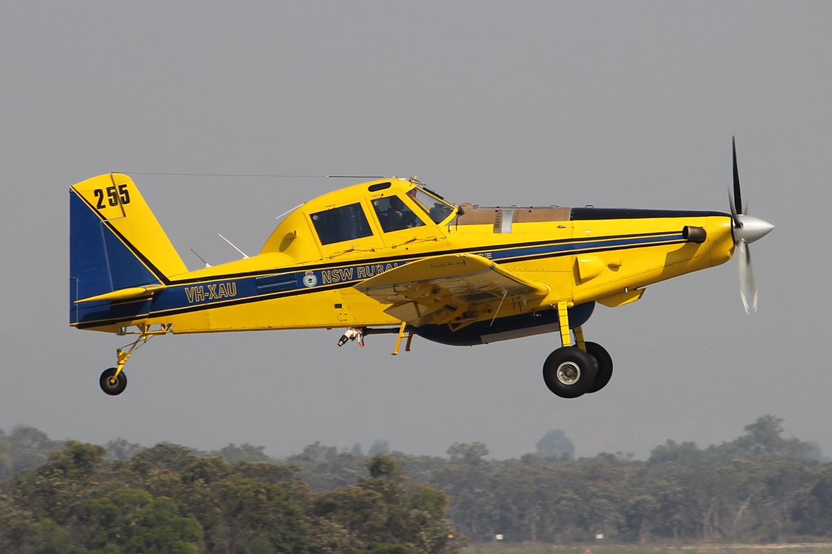 VH-XAU Air Tractor AT-802 (MSN 802-0137)of Kennedy Aviation, for the NSW Rural fire service at Jandakot Airport - 7 Feb 2015.