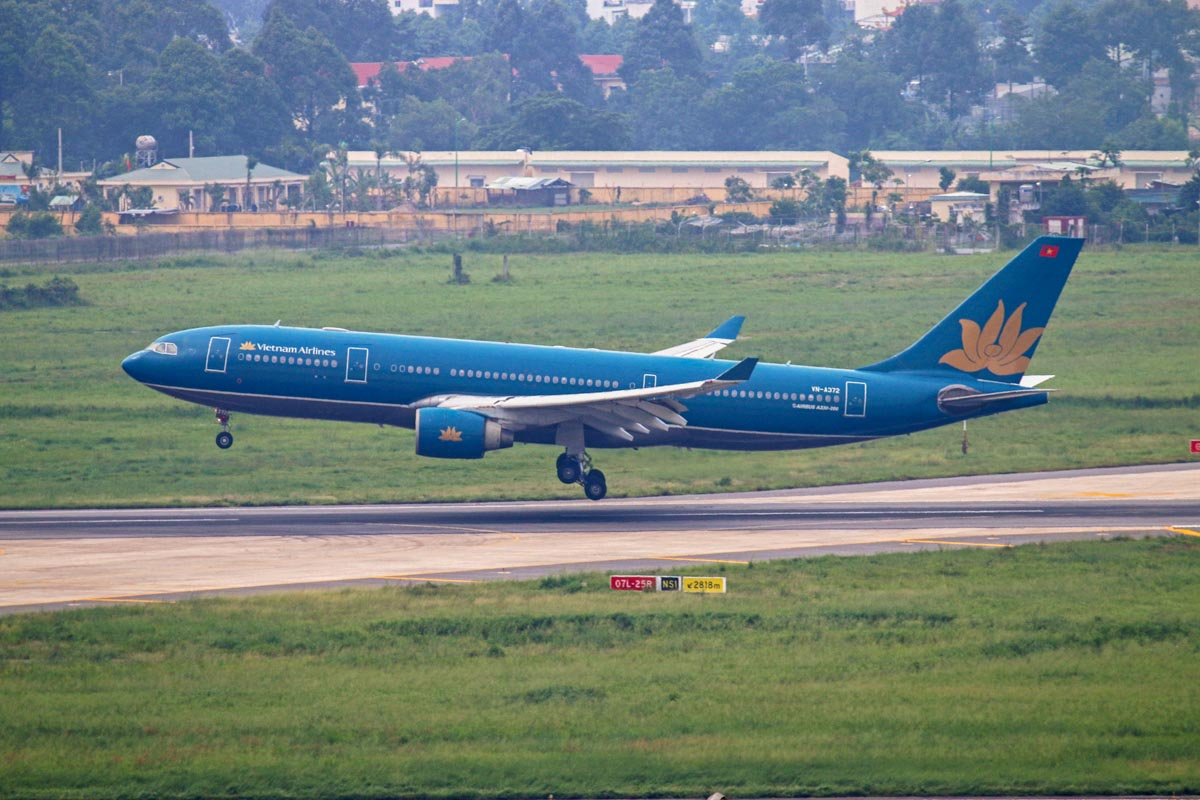VN-A372 Airbus A330-223 (MSN 294) of Vietnam Airlines at Tan Son Nhat International Airport - 5 October 2014. Photo © Steve Jaksic