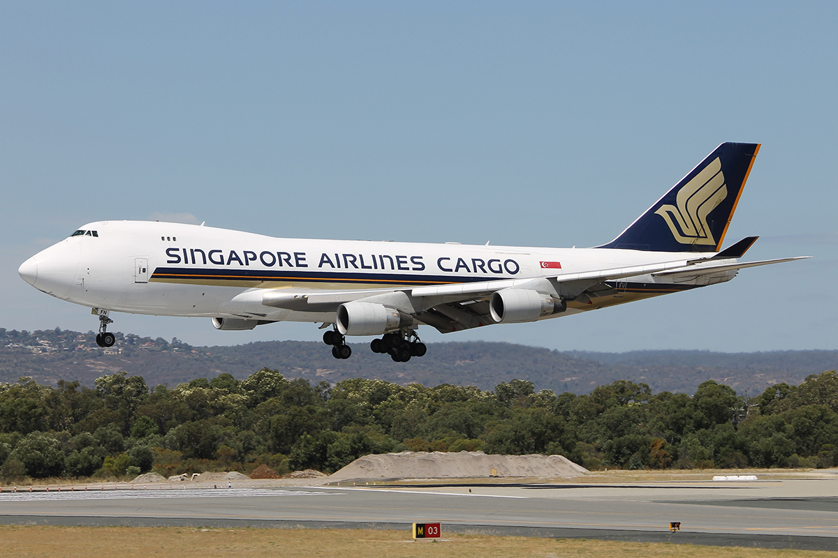9V-SFN Boeing 747-412F (MSN 32899/1342) of Singapore Airlines Cargo at Perth Airport – Sun 1 Mar 2015.