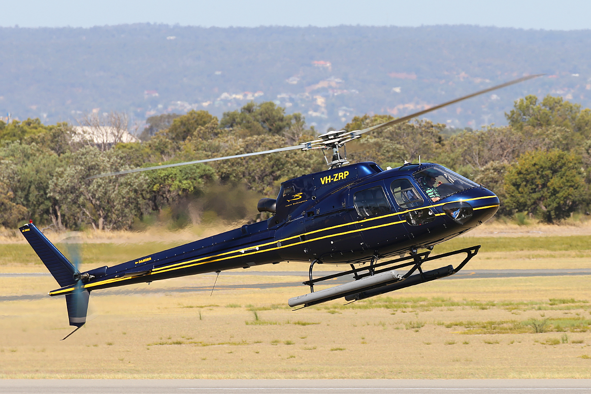 VH-ZRP Eurocopter AS350B2 Squirrel (MSN 4052) of Azure Helicopters at Fremantle Heliport – Wed 11 March 2015.